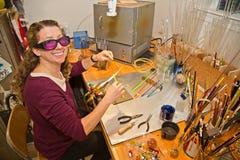 Fabbricazione della perla di vetro Immagini Stock Libere da Diritti