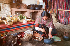Fabbricazione peruviana dell'alpaga della natura Fotografia Stock Libera da Diritti