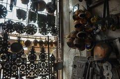 Fabbro del rame Bazaar in Safranbolu, Turchia immagini stock