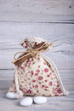 Fabric pouch wedding favor Royalty Free Stock Photos
