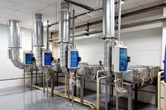 Fabricação de purificação da água e dos líquidos fotografia de stock