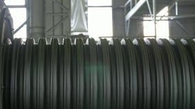 Fabricação de tubulações de água plásticas Fabricação dos tubos à fábrica O processo de fazer as tubulações plásticas no filme