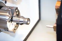 Fabricación automotriz de la pieza de la alta precisión por el NC de la alta exactitud foto de archivo libre de regalías