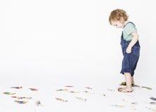 Fabricación de huellas en el piso fotos de archivo libres de regalías