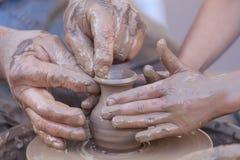 Fabricación de la cerámica Foto de archivo libre de regalías