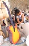 Fabricación de la guitarra Fotografía de archivo libre de regalías