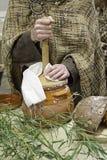 Fabricación de la mantequilla Fotografía de archivo libre de regalías