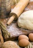 Fabricación de la serie 011 del pan Fotos de archivo