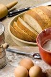 Fabricación de la serie 021 del pan imágenes de archivo libres de regalías