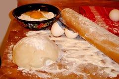 Fabricación de los pasteles Imagen de archivo
