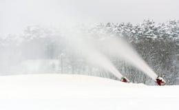 Fabricación de nieve Fotos de archivo