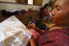 Fabricación de proceso del batik Fotos de archivo libres de regalías