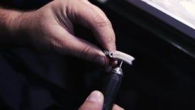 Fabricación de productos preciosos polishing almacen de metraje de vídeo