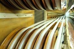 Fabricación de una cáscara natural para la salchicha Cáscara del colágeno para las salchichas Industria de las cubiertas del colá imágenes de archivo libres de regalías