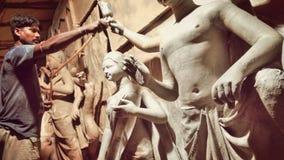 Fabricación del ídolo de Giddes Durga Fotografía de archivo