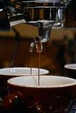 Fabricación del café del café express Fotografía de archivo