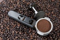 Fabricación del café express Imágenes de archivo libres de regalías