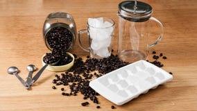 Fabricación del café helado Foto de archivo libre de regalías
