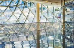 Fabricación del vidrio dentro del centro del myZeil Fotos de archivo libres de regalías