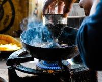 Fabricant local de butées toriques au Népal Photographie stock libre de droits