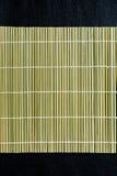 Fabricant matériel en bambou de tapis de rouleau de roulement de sushi photographie stock
