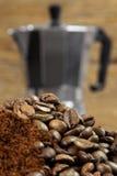 Fabricante de café expresso 2 de Moka Fotos de Stock Royalty Free