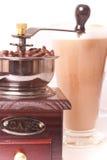 Fabricante de café y café Imagenes de archivo