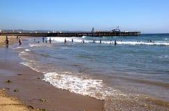 Fabricants de vacances sur la plage du nord à Durban Images stock