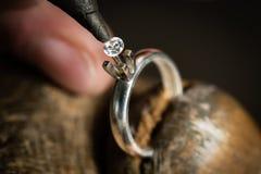 Fabrication de bijoux de métier image stock