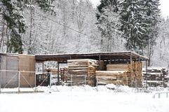 Fabrication de bois de construction Photo stock