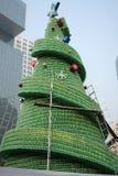 Fabrication de l'arbre de Noël Photo libre de droits