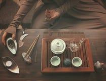 Fabrication de la cérémonie de thé Image libre de droits