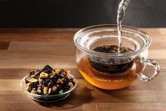 Fabrication de thé photos stock