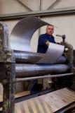 Fabrication de tube en métal Image stock