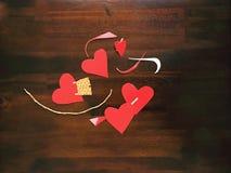 Fabrication de Valentine& x27 ; cartes de jour de s Photos libres de droits