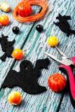 Fabrication des bijoux pour Halloween Photo stock