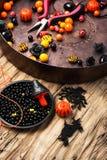 Fabrication des bijoux pour Halloween Photographie stock