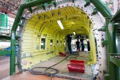 Fabrication des hélicoptères russes sur l'usine d'avions Photos libres de droits