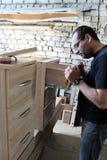 Fabrication des meubles Images libres de droits