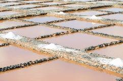 Fabrication du sel de mer photo stock