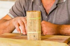Fabrication traditionnelle des cigares, usine cubaine photos libres de droits