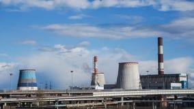 Fabriek geen dampen in het milieu Rusland Heilige Petersburg, de lente van 2017 royalty-vrije stock fotografie