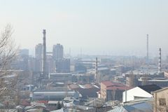 Fabrieken in de stad royalty-vrije stock fotografie
