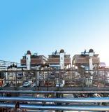 Fabrik auf Ölraffinieren stockbilder