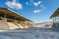 Fabrik av keramisk lera royaltyfri fotografi