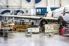 Fabrik des Flugzeuges Stockfotos