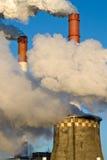 Fabrikdämpfe Stockfotografie