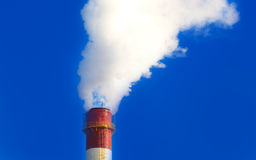 Fabriken röker Fotografering för Bildbyråer