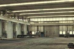 Fabrikgebäudehalle Lizenzfreie Stockfotos
