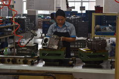 Fabriksarbetare, Chongqing, Kina royaltyfri bild